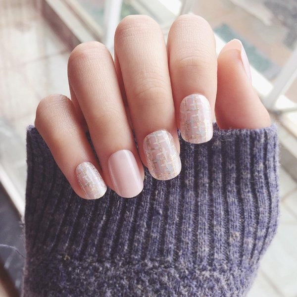 Yunail New Arrival 24 pcs Shinning Star Short Fake Nails Glitter ...