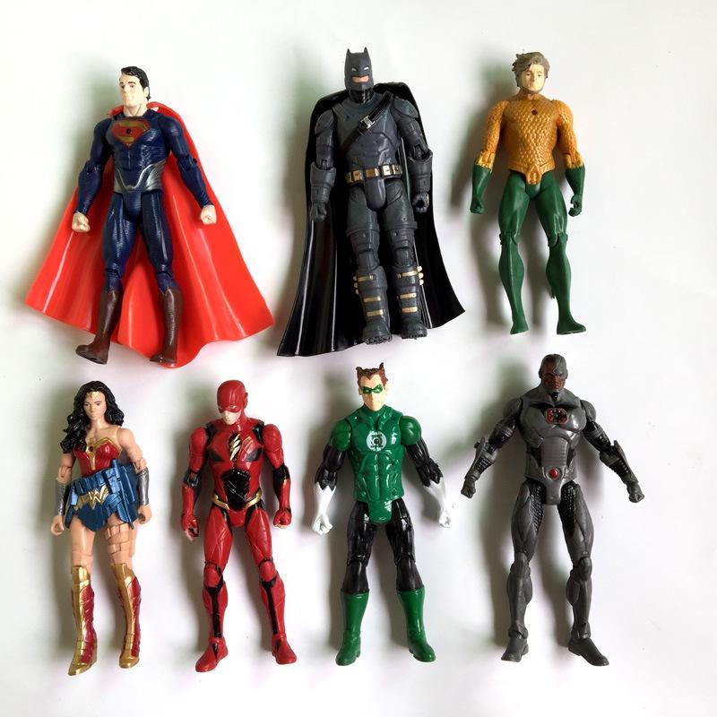 Lot of 10 Random DC Young Justice League Batman Aquaman Atom Savage Joker Figure