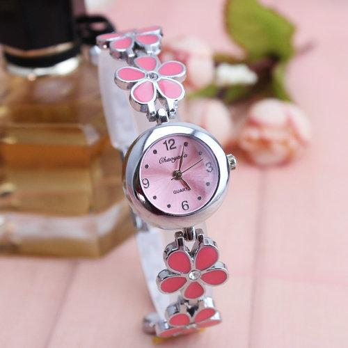Fashion Cute Small Flower women Simple watch watches Schoolgirl Simple Quartz Waterproof Bracelet watch watches Korean Style Table