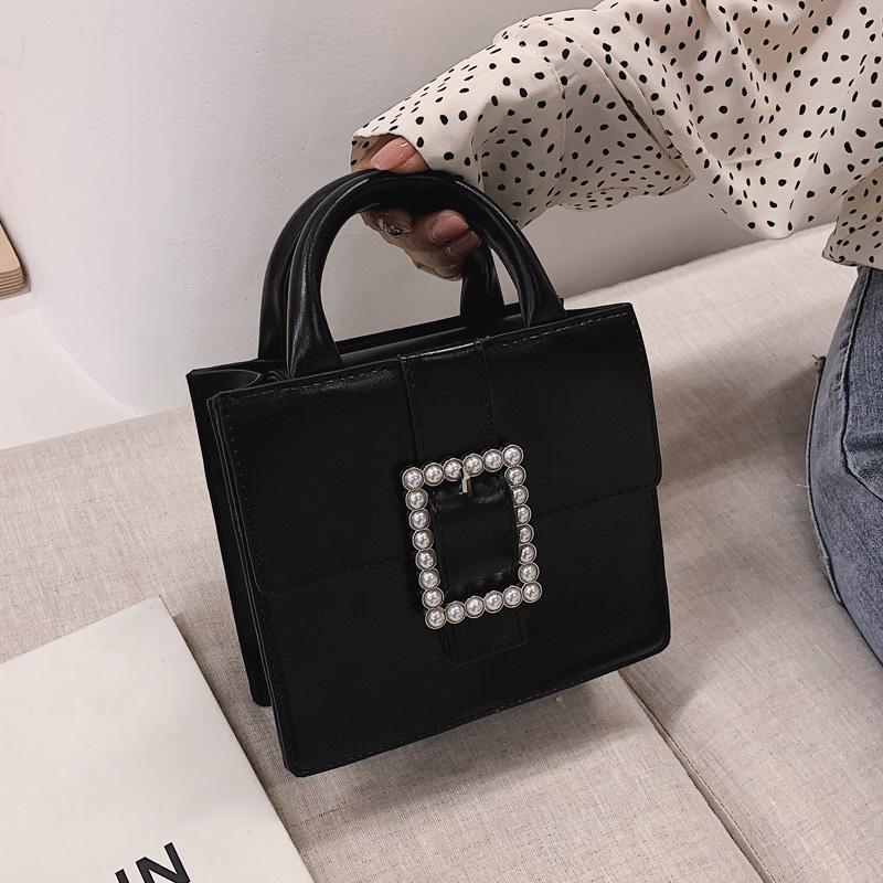 5d61a59eda38 High Grade Sense Bags women 2019 Summer New Style Western Style Pearl Hand  Square Sling bag