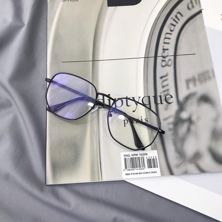 262610bc32e Zhou Yangqing Celebrity Style Glasses Frame women Anti-Blueray Metal Vintage  Big Box Plain Glasses