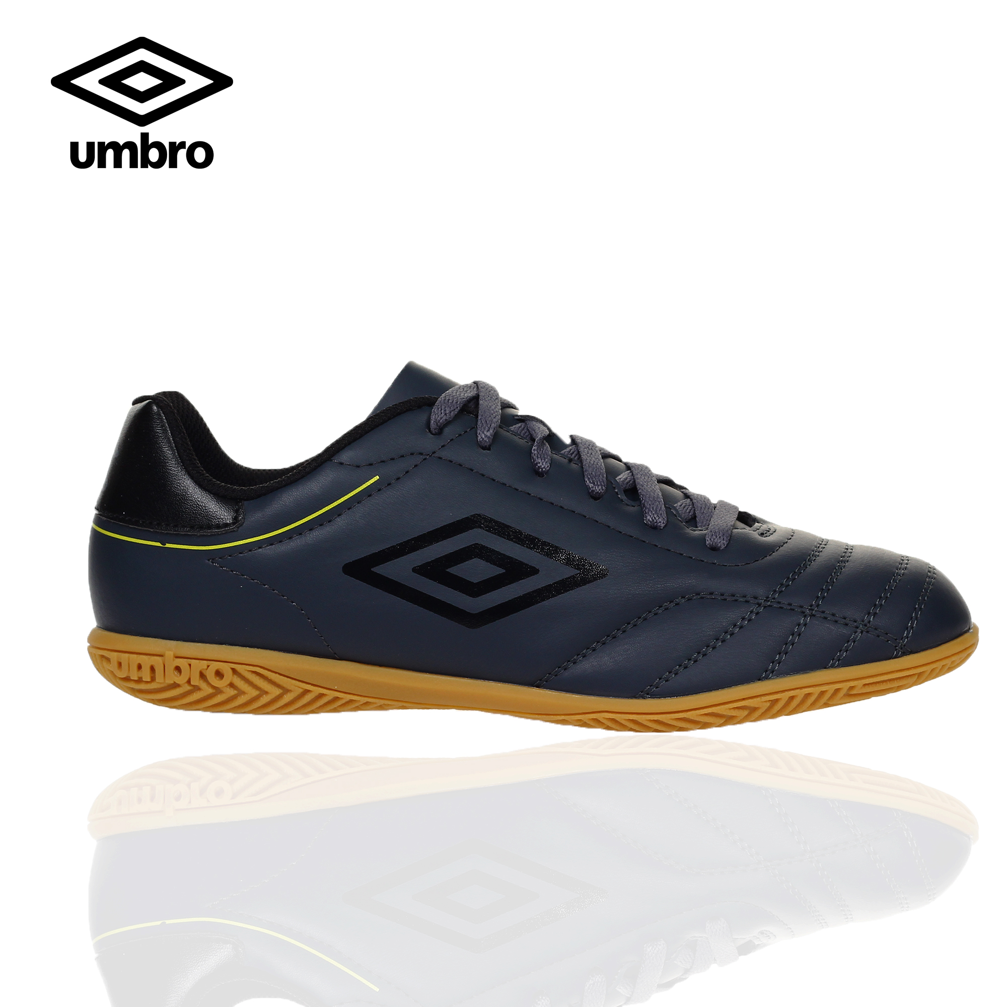 Umbro Classico VIII IC Futsal Shoes for
