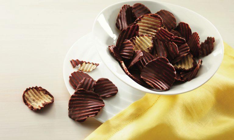 Source: Lazada/ ROYCE Potato Chip Chocolate
