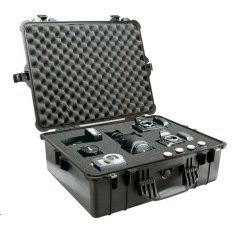 Pelican 1600BLK Medium Case with Foam (Black)