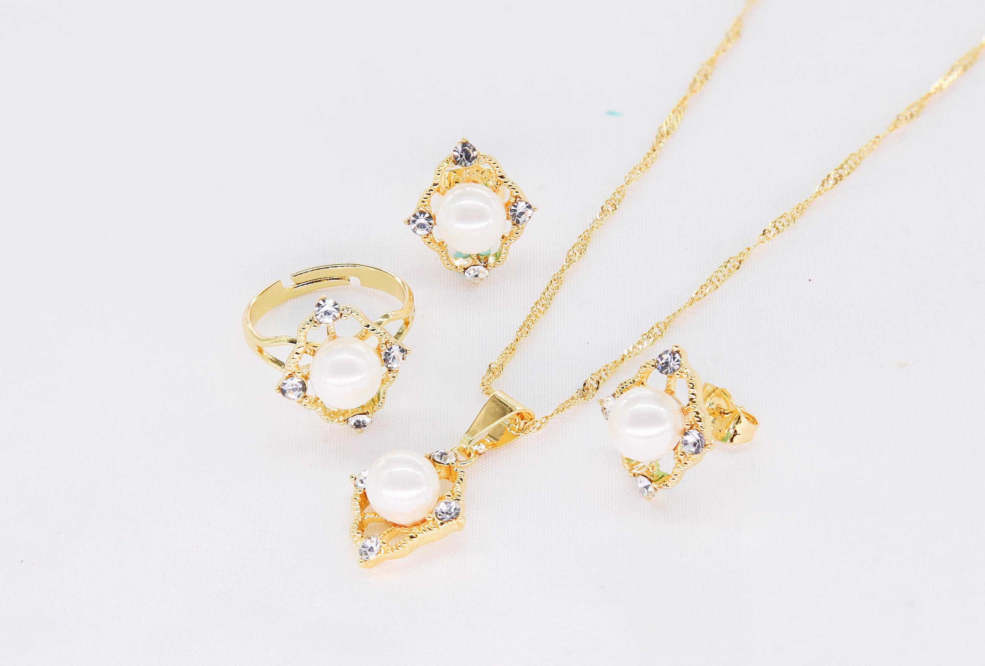 62998a1292dc6 DS Korea design style party wedding fashion luxury ladies  necklace,ring,earring jewellery set gift with a box