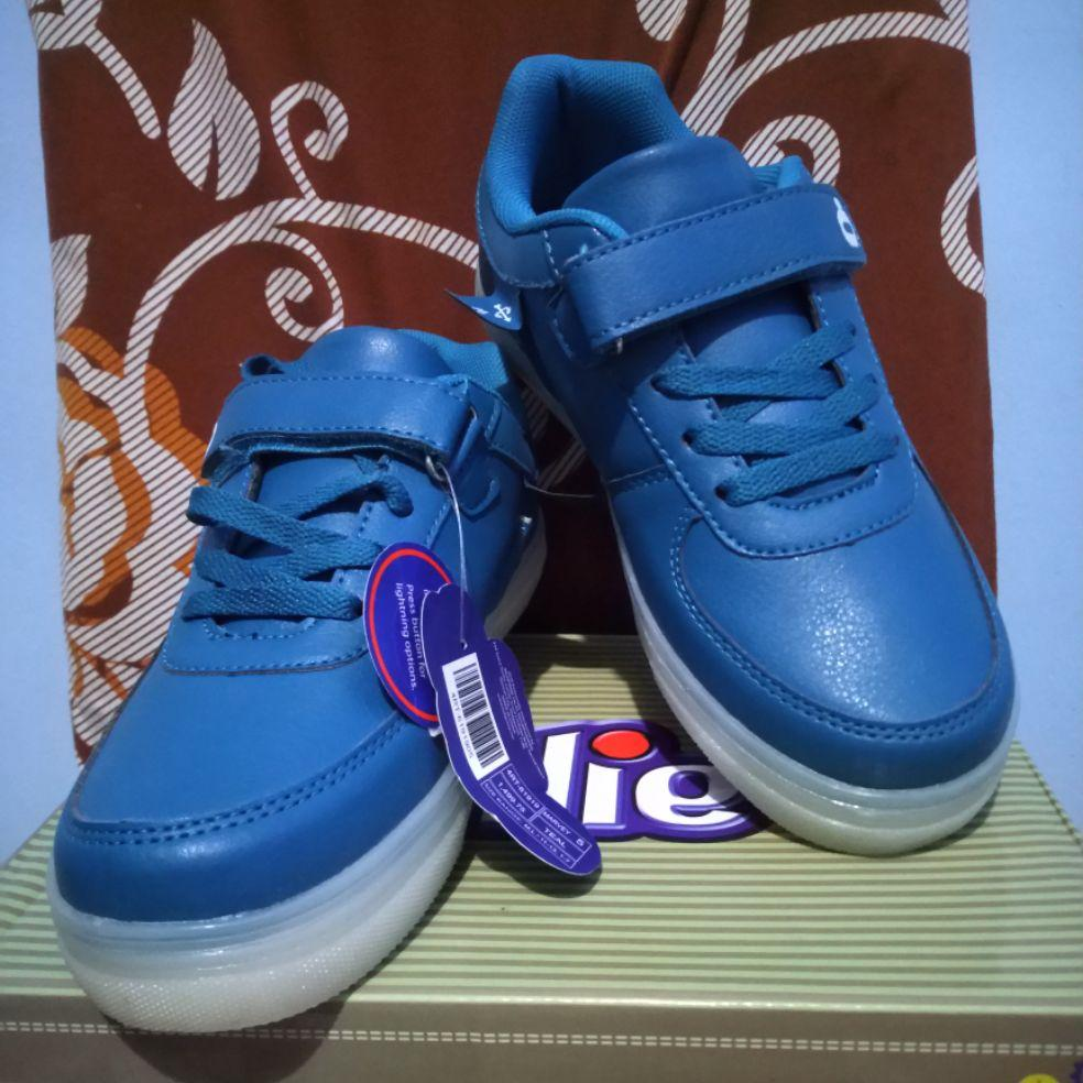 kids shoes Branded shoes Ollie brand