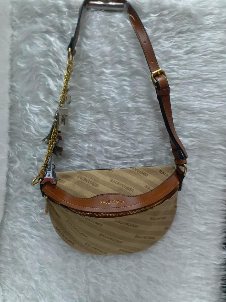 5b395baaab58df BALENCIAGA BELT BAG: Buy sell online Cross Body & Shoulder Bags with ...