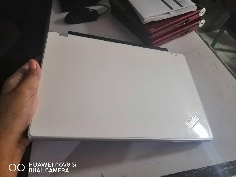 lenovo netbook 4gb with hdmi ,wifi bluetooth