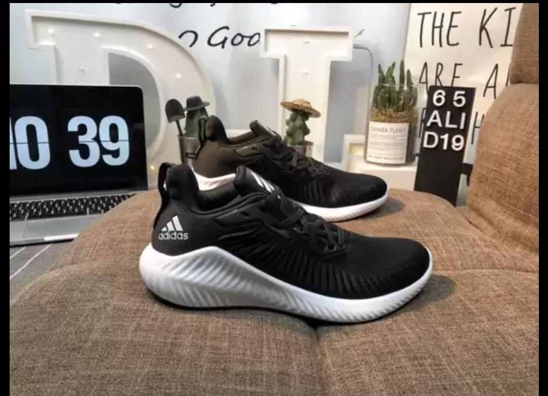 the best attitude 4e0f0 1a7fc adidas_Alphabounce RC 2.0 Men Running Shoes