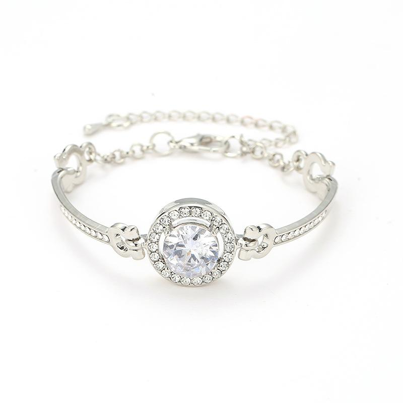 432fd2f21 2019 Blast simple fashion lady bracelet eight hearts eight arrow zircon  bracelet fine alloy jewelry