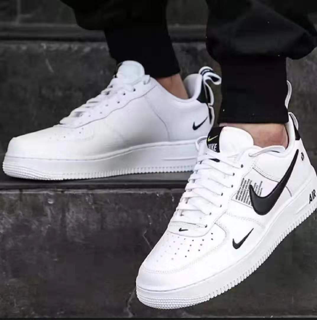 AIR FORCE 1 FOR MEN AND WOMEN SNEAKER