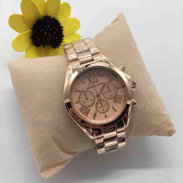 7e6c4e2193a4f Philippines. Michael Kors Bradshaw MK Watch with FREE Box   Extra Battery