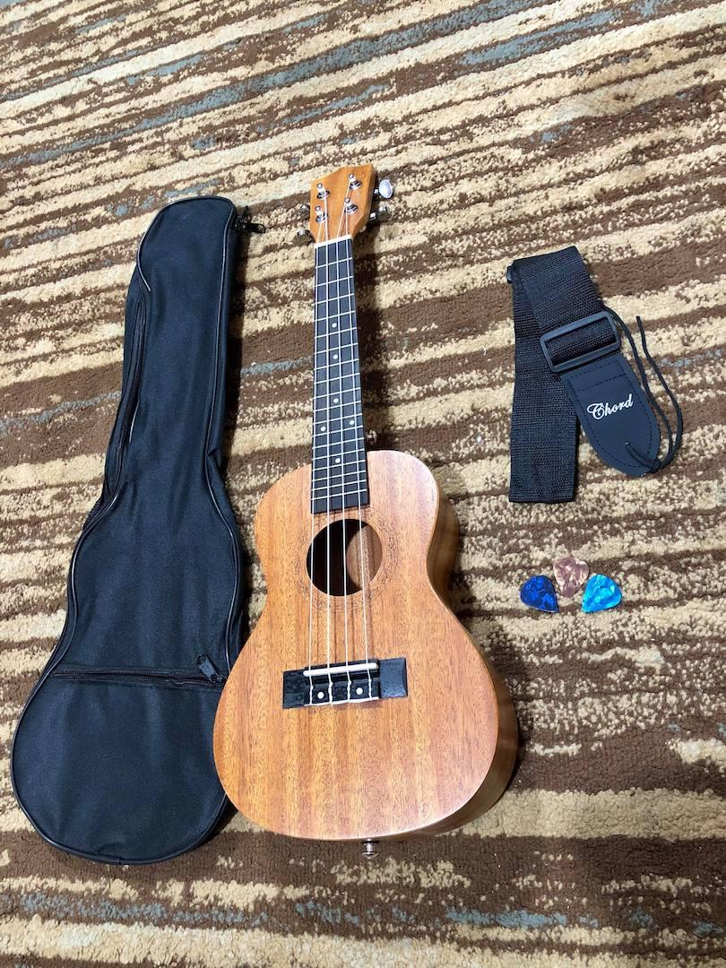 Slick Concert Mahogany Ukulele with Freebies