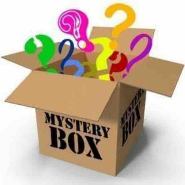 Mystery Box (may Limang Uri Ng Item Sa Loob Ng Mystery Regalo) For Girls Only By Xxn Fashion Store.