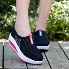 HengSong New Height Increasing Shoes Casual Women Swing Breathable Wedges Shoes Black - intl