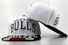f2131fa0a89  OFFICIAL  Snapback CHI Original Fashion Basketball Caps Men s NBA Hats  Women s Genuine Snapback Unisex