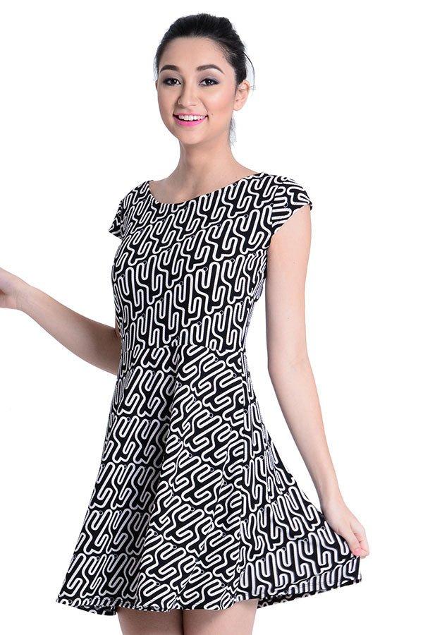 Sugar Clothing Jasim 14 Dress (Black/White) - thumbnail