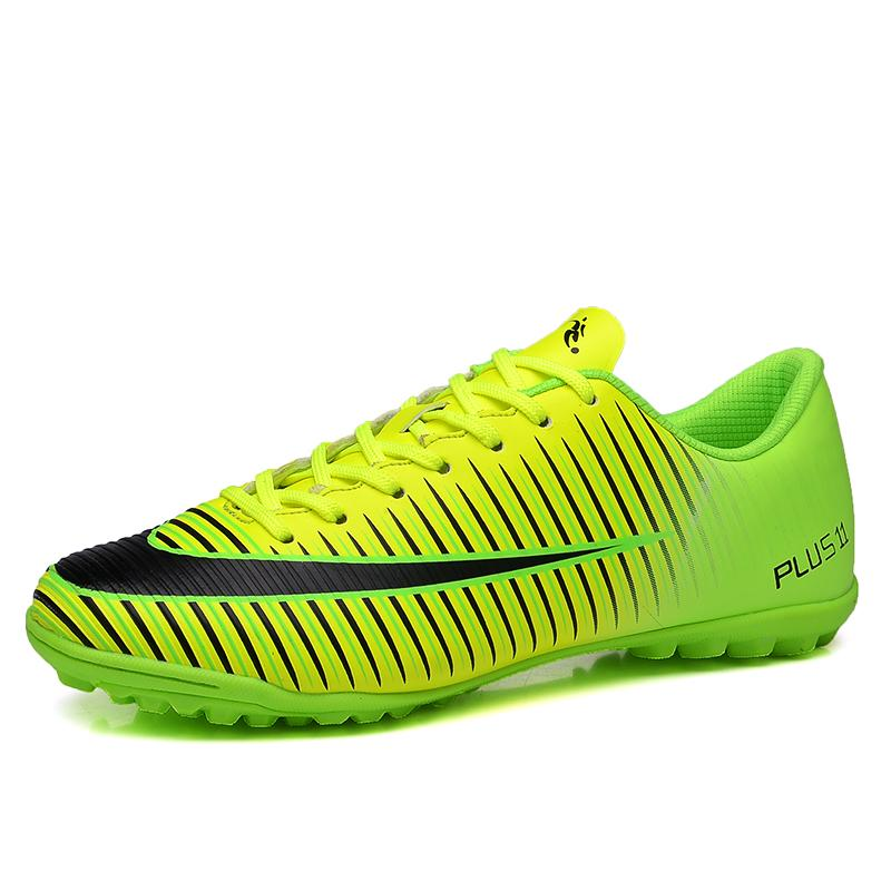 2ea08dd1e5c1 Kid s Football Shoes High Quality Short Nail Training Soccer Boots New  Fashion Outdoor Sports Soccer Cleats