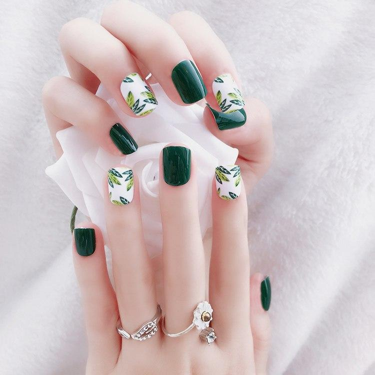 24pcs/Set Summer Green Leaf Pattern False Nails Pre-design Round Head Full Nail Tips Tool Artificial Fake Nail Art with Glue Philippines