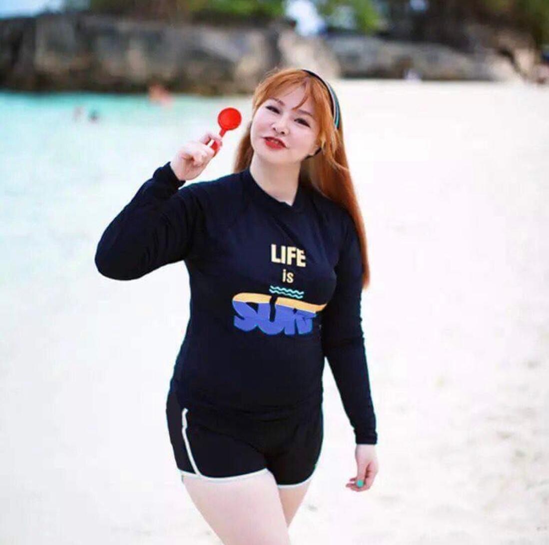 plus size rushguard long sleeve top and shorts women swim wear set b598da8d3e07