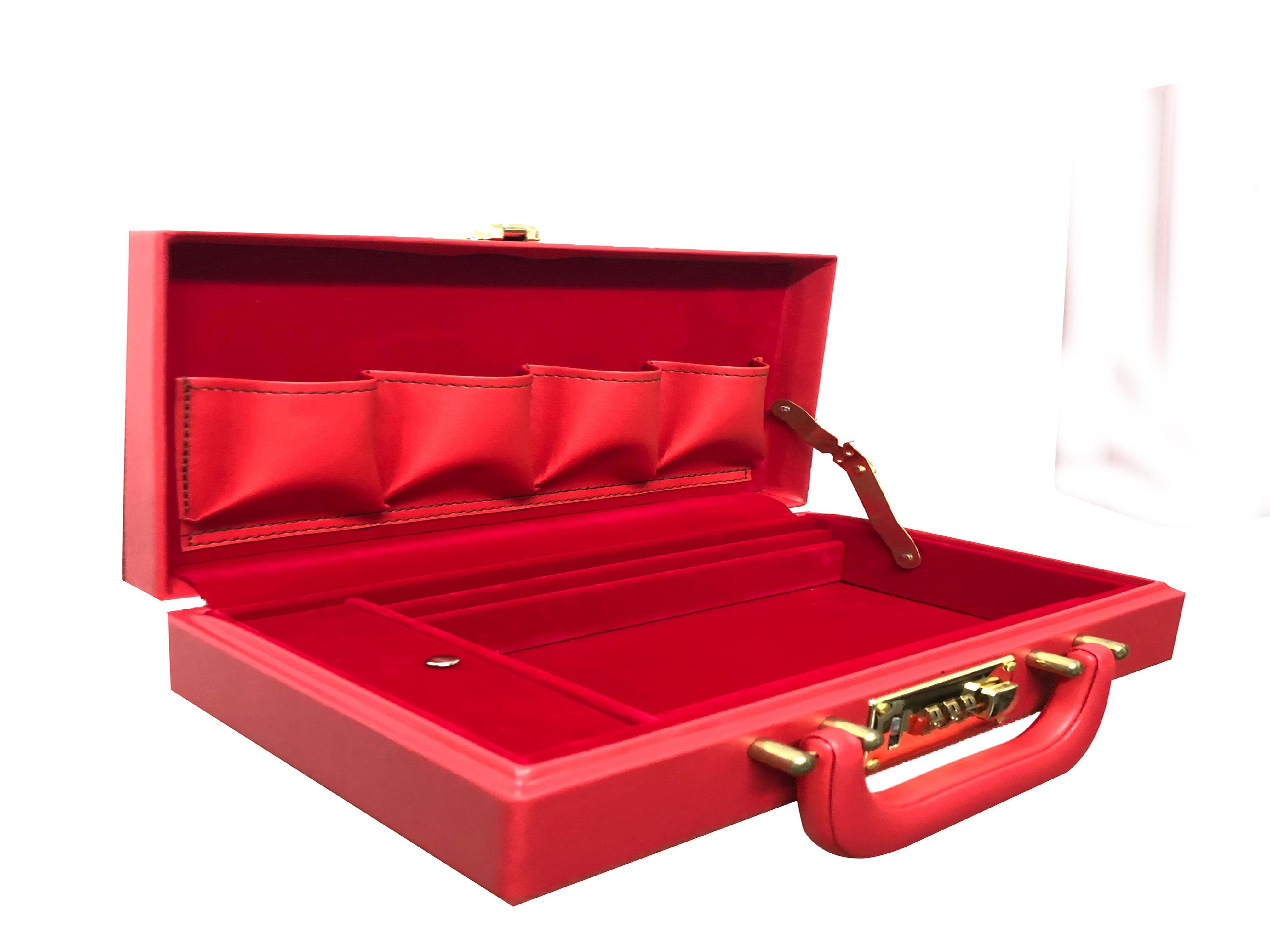 Ordinary Tari Case 48 pcs Tari Capacity (Red) for Gamefowl Rooster  Enthusiast