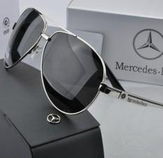 2c10042e99 2018 Men Fashion Sunglasses Men Hipster Polarized Sunglasses Big Frame  Driving Driver Benz Pooh Mirror -