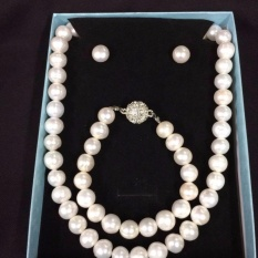 0b32975ef Pearl Necklace for Women for sale - Womens Pearl Necklace online ...