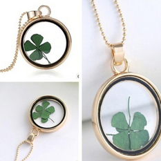 Floating Charms Locket Flower Clover Glass Pendant Living Memory Necklace Gold - intl