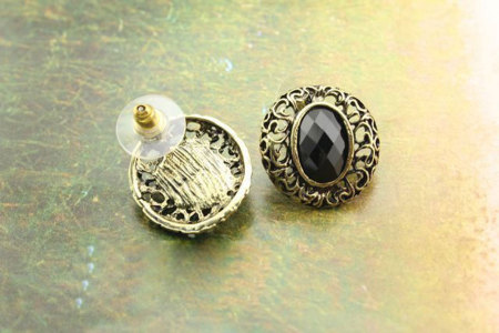 niceEshop Retro Vintage Hollow Carved Gems Oval Earrings (Black) - picture 2