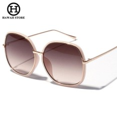 39e9ca56018c Ralferty Elegant Ladies Oversized Sunglasses Women Gradient Sun Glasses  UV400 Big Face Shades Black Brown Lens