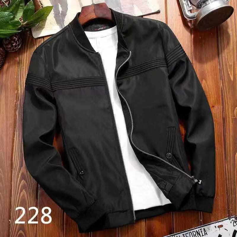 6728092915681 bomber jacket