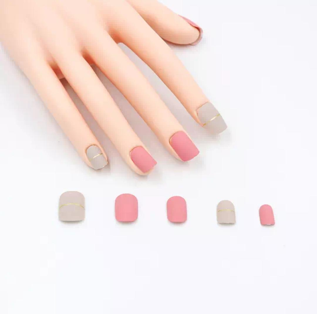 Wilko21 24Pcs Matte False Nail Art Tips Artificial Fake Nails with 2g Nail Glue