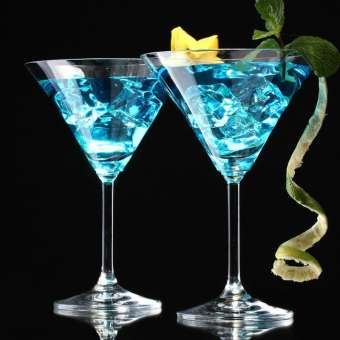 แก้วคริสตัลถ้วยค๊อกเทล Martini แฟชั่นสามเหลี่ยมคว่ำถ้วยลวดลายแก้วเหล้าขนาดใหญ่เล็กรุ่นศิลปะถ้วยค๊อกเทล