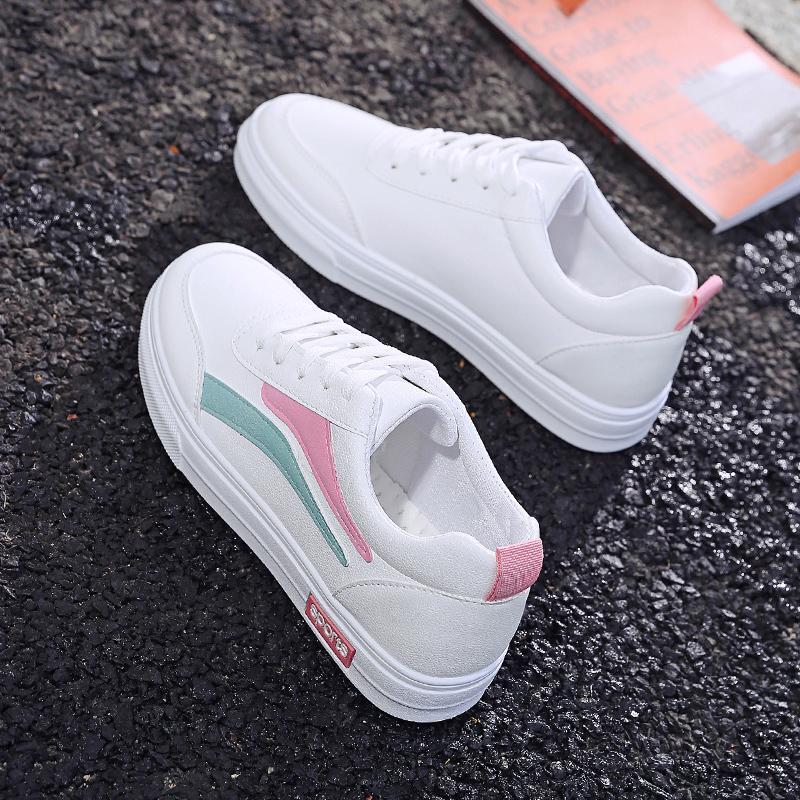 Ins เสื้อผ้าแฟชั่น เสื้อผ้าแฟชั่น รองเท้าสีขาวหญิง 2019 คอลเลคชั่นฤดูใบไม่ผลิใหม่สไตล์เกาหลีเข้าได้หลายชุดสไตล์ฮาราจูกุนักเรียนรองเท้าออกกำลังกายแบนรองเท้าลำลอง By Taobao Collection.