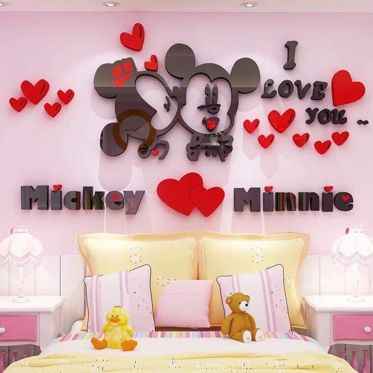 GnP I Love You Mickey Heart Minnie Mouse Embossed Wall Decoration