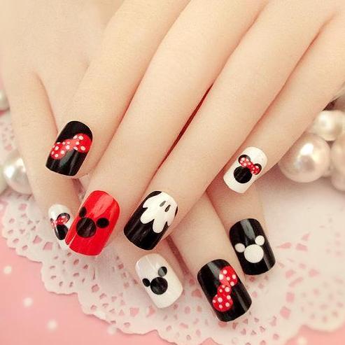 B05 24 pcs Mickey-Mouse Pattern Fake Nails Short Ova Black White Cartoon Nail Tips with Glue Philippines