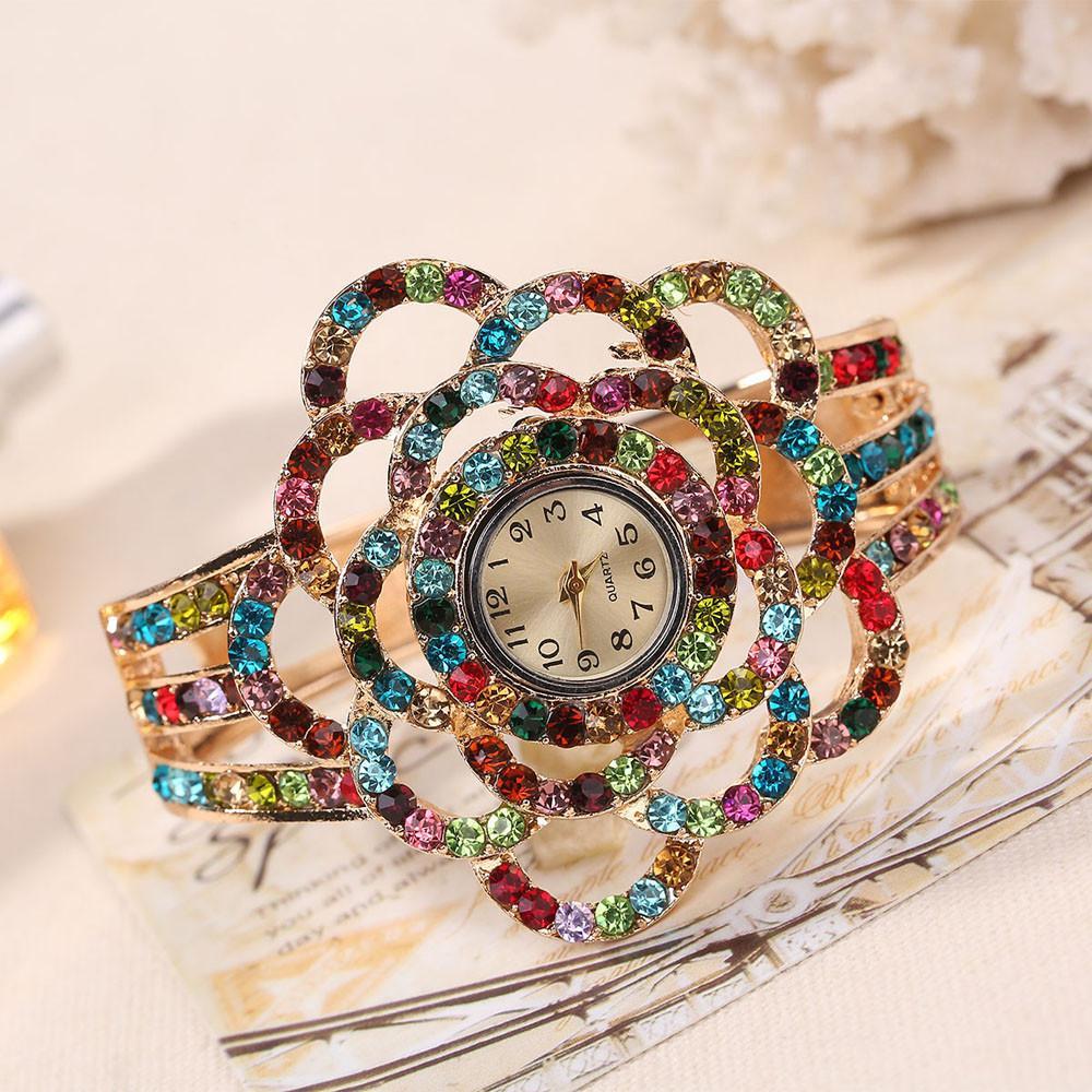 Coconie Women Round Full Diamond Bracelet Watch Analog Quartz Movement Wrist Watch Malaysia