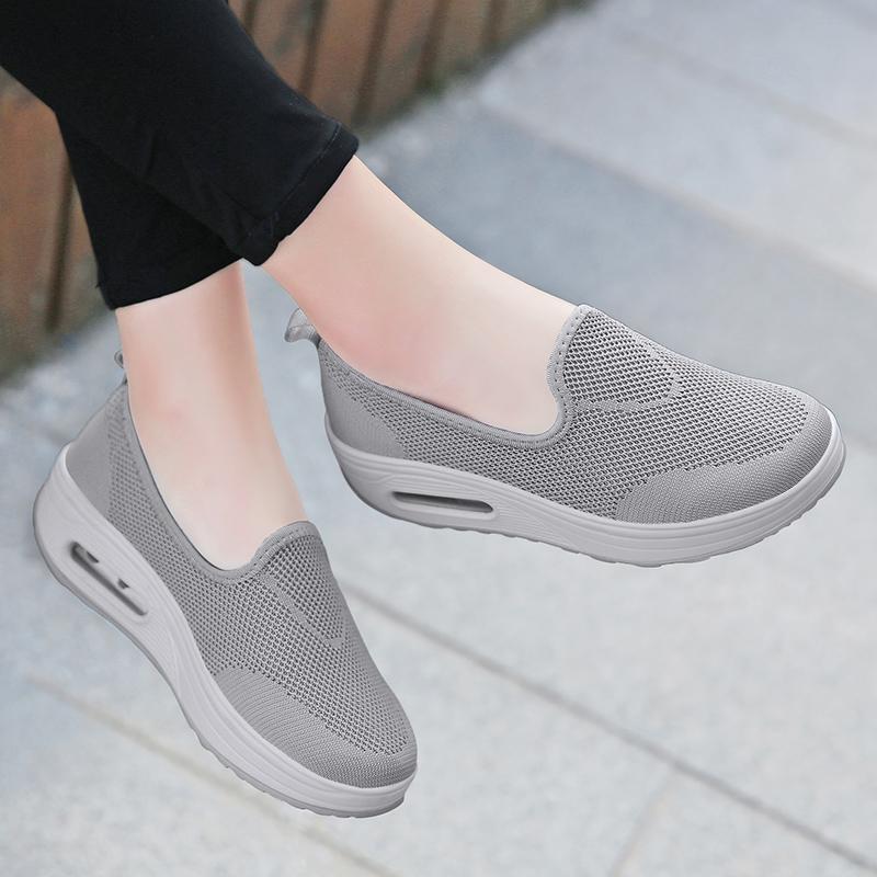 2018 musim gugur musim dingin model baru Pergelangan Kaki Tinggi Tambah beludru Olah Raga sepatu kasual