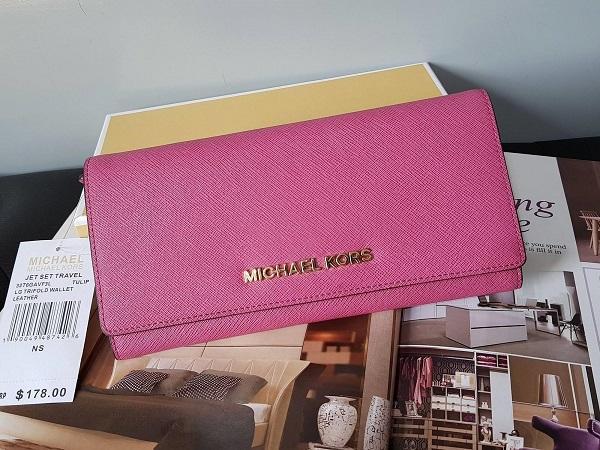 c7768cadf269 Michael Kors Jet Set Travel Saffiano Leather Continental Wallet - Pink