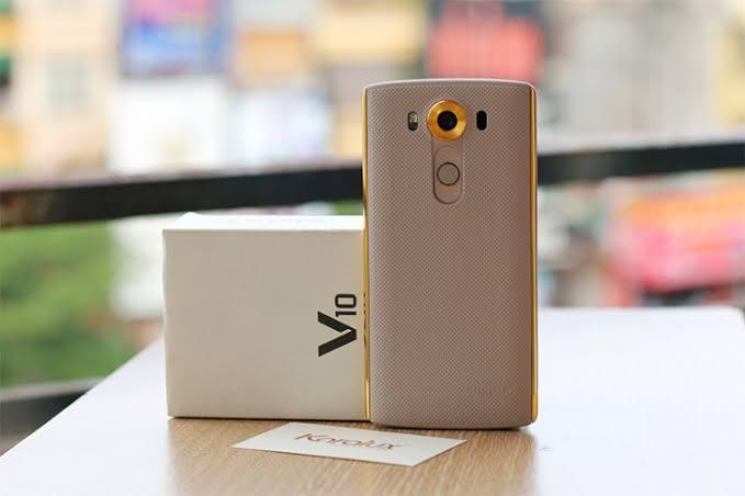 LG V10 (H960) (gold)