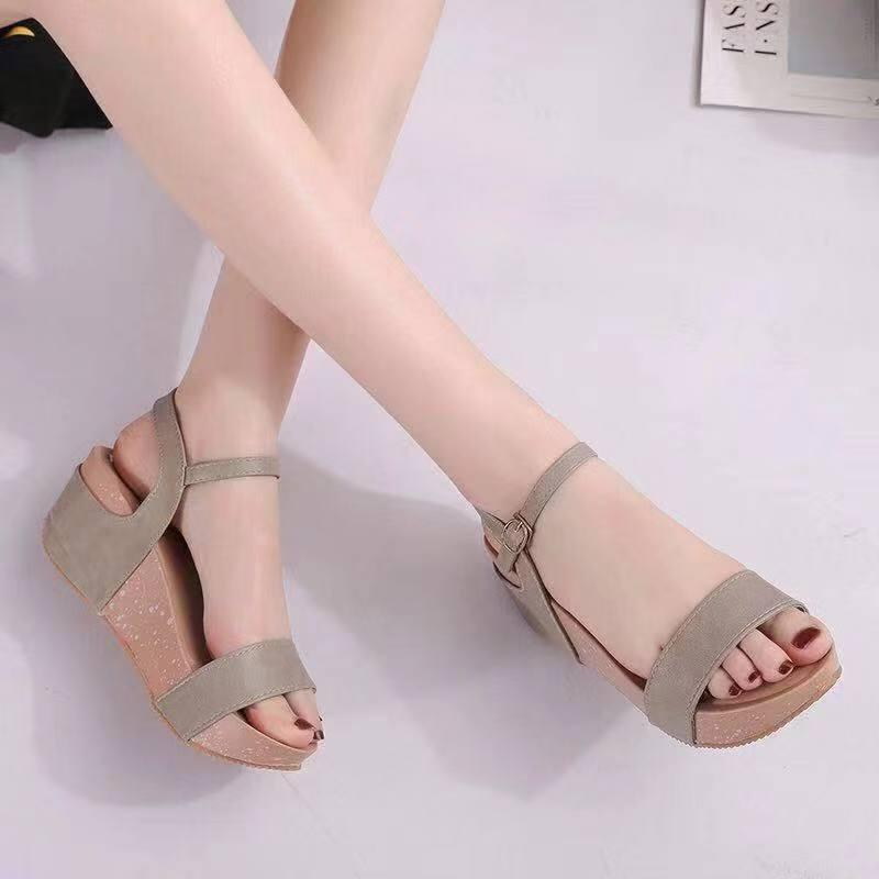 7c8b2251297e Fashionable Slope And Sandals Korean Women Flat Sandals A9
