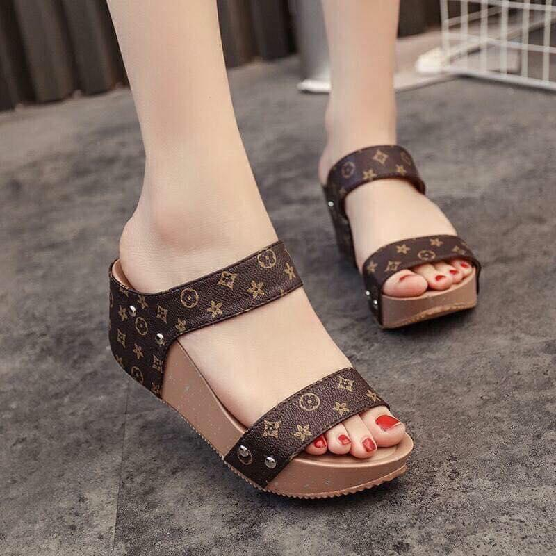 B-A15# Female summer 20189 Korean version of the muffin platform with a wedge