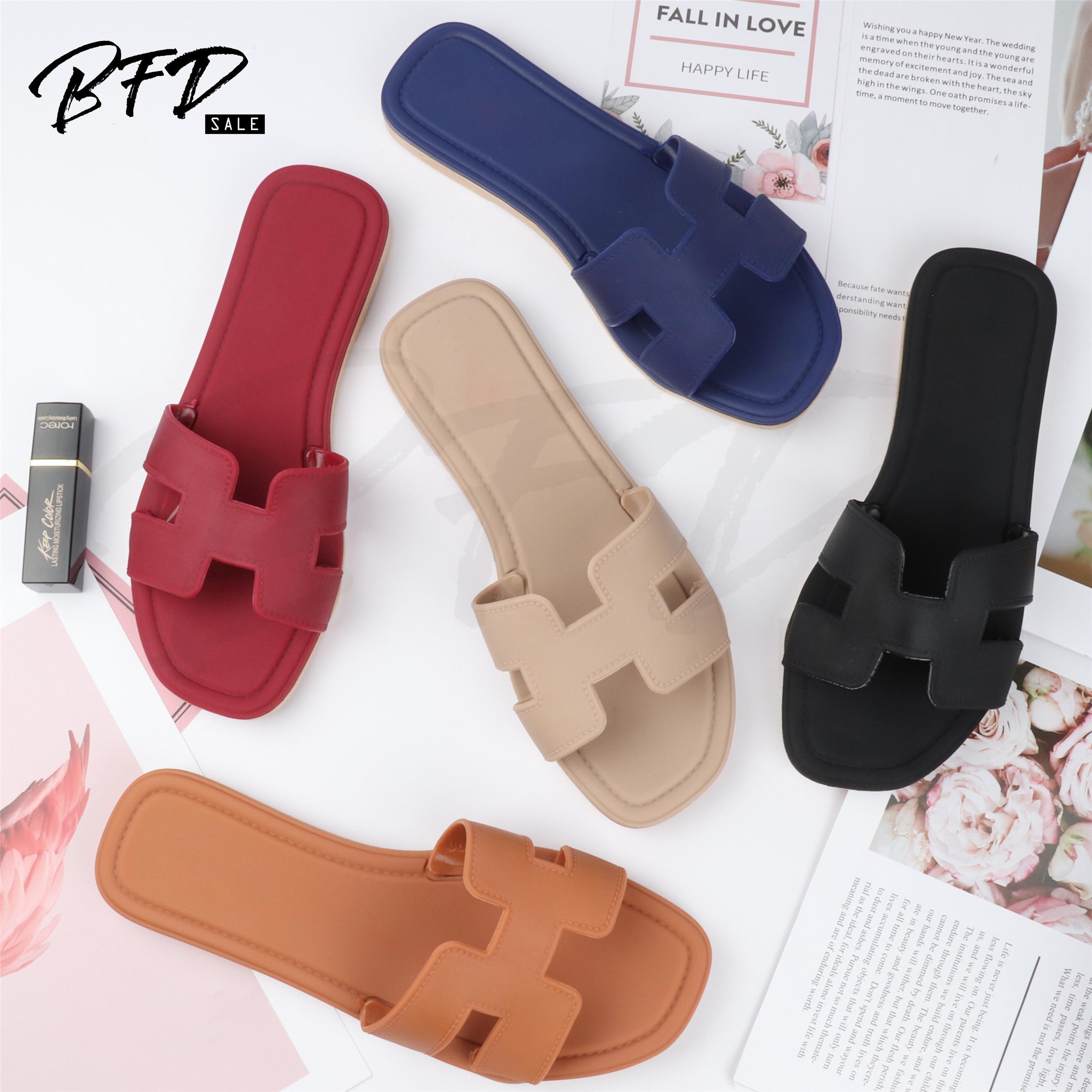 Big Sale Korean Style Ladies Flat Sandals Slip on Sandals Slippers for Women L8915