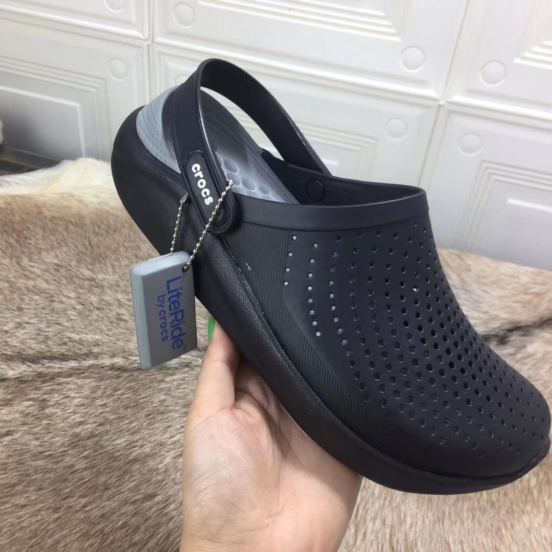 2020 New arrival Crocs for men Unisex