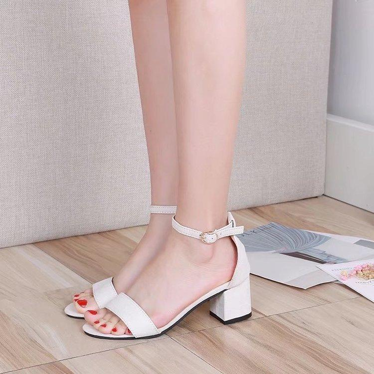 2cd0e021a593e 2018 New Style Block Heel Sandals women Summer Versatile Simple High Heel  Shoes Fairy Semi-