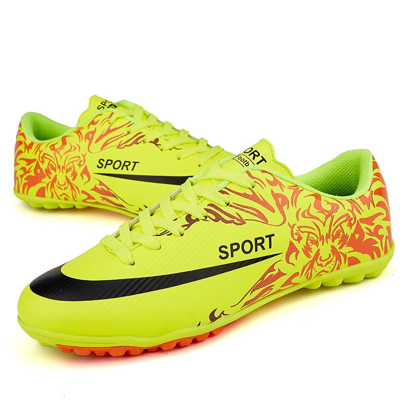 3a7a1c168676 Football Shoes Men 4Colors High Quality Soccer Shoes New Fashion Short Nail Star s  Style Soccer Boots