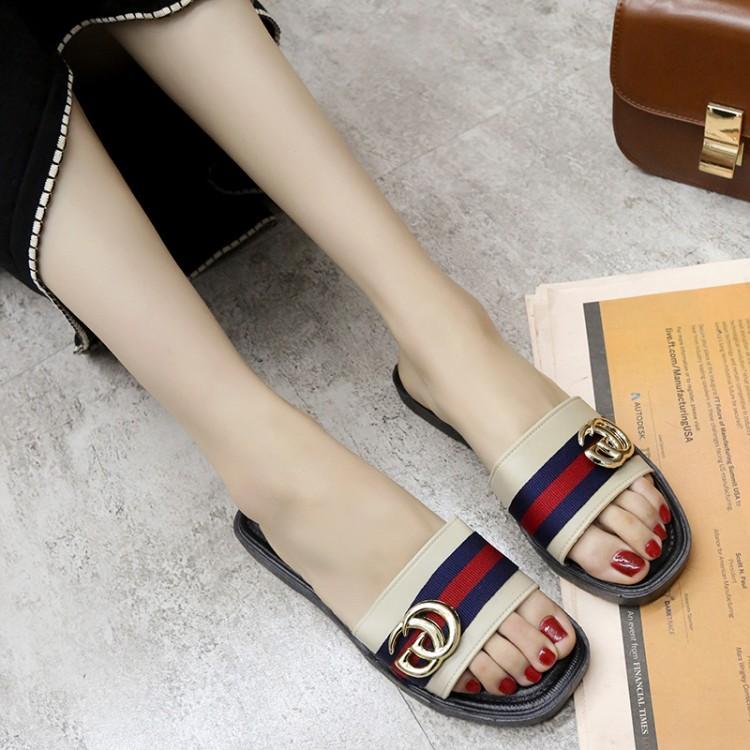 afc99f50cc4 Flat Sandals for Women for sale - Summer Sandals online brands ...