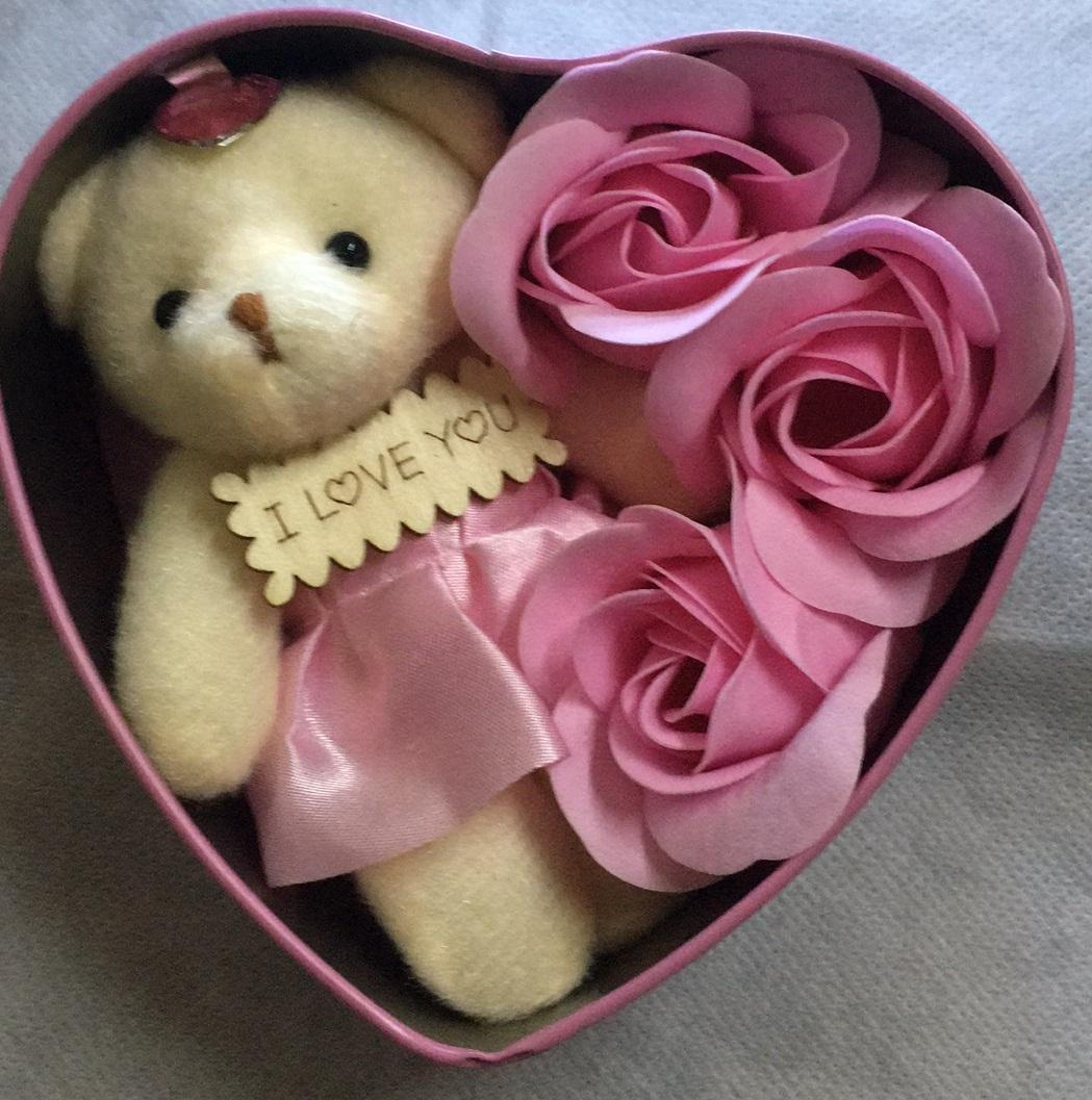 3pcs Love Flowers With Teddy Bear / Flowers Gift / Love Present For Birthday Anniversary Valentines Mother By 99 Store Shop.