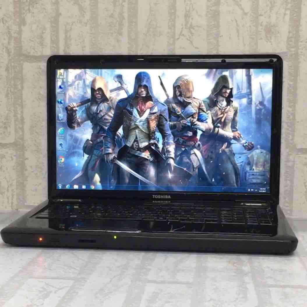 Toshiba Satellite L555D Gaming Laptop 4GB RAM w/ ATI Graphics- 256MB