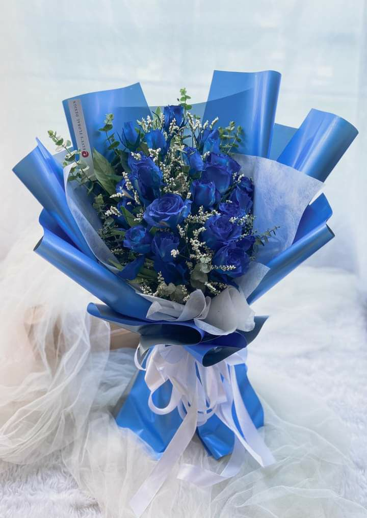 Blue Lovers Fresh Roses And Tulips Bouquet Lazada Ph